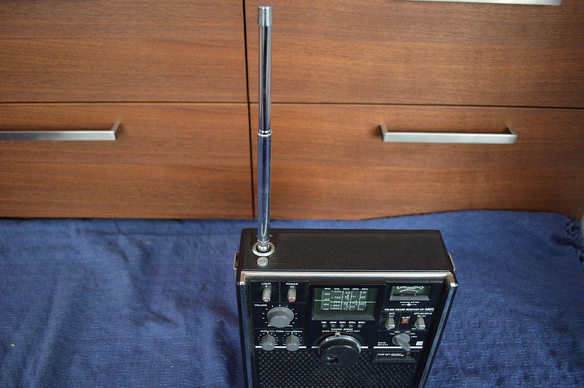 ソニー SONY スカイセンサー ICF-5800 ラジオ_画像4