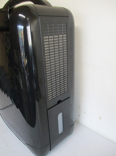 【消費税なし・美中古品】CV-C100-B/シャープ/SHARP/ブラック/高濃度プラズマクラスター7000搭載/13年製_画像4