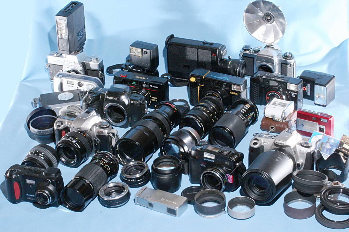一眼レフカメラ デジタル カメラ 交換レンズ ストロボ 露出計 Minolta16 他 まとめて 多数 大量 セット 色々 ジャンク j