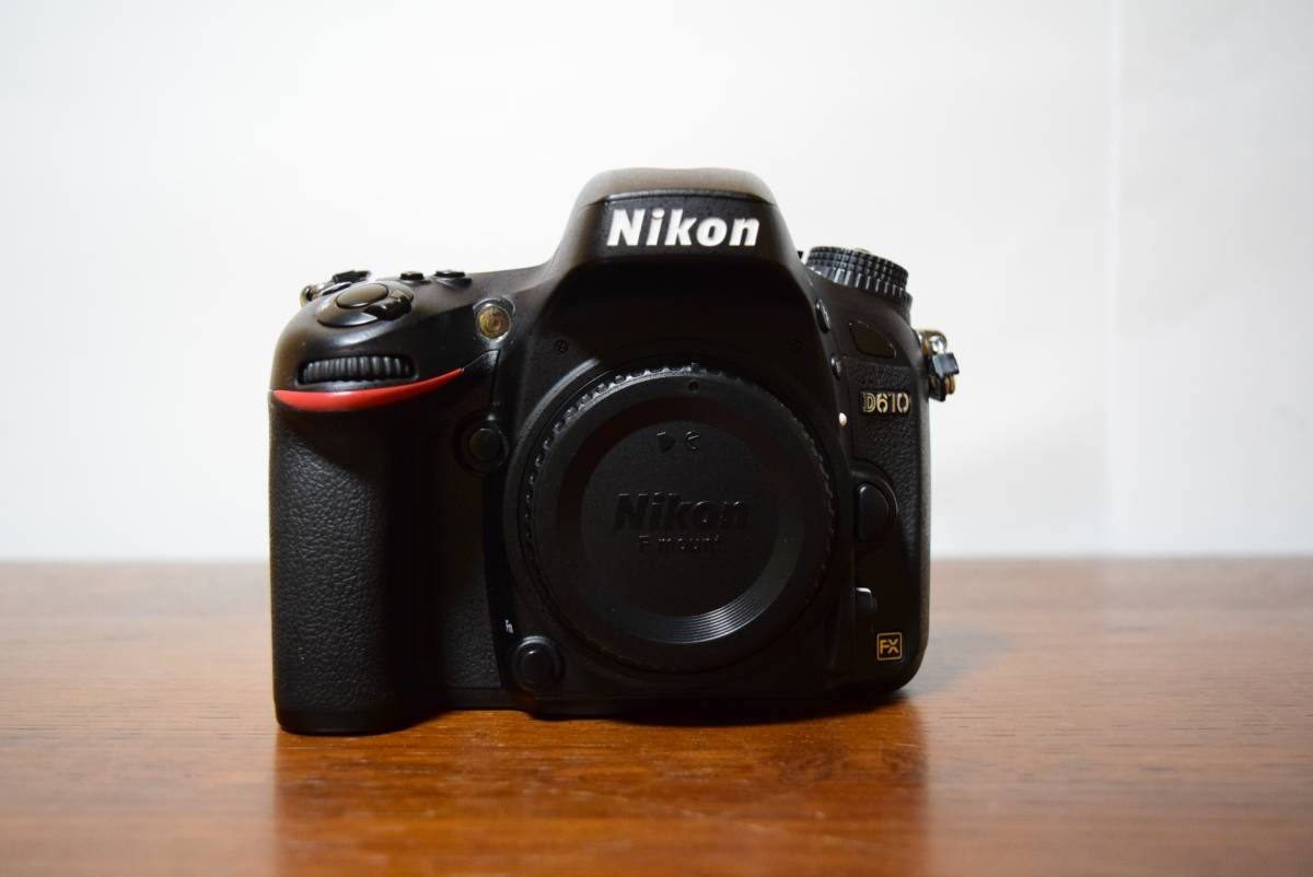 Nikon D610 ボディ 良品 丸窓のおまけ付き(TEMPA+DK-17M)