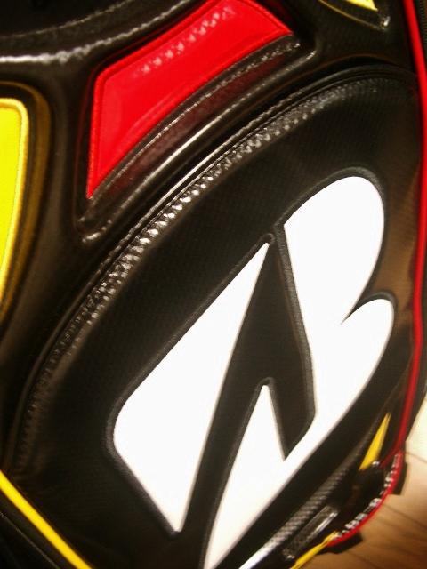 未使用 BS ブリヂストン アスリート系 レプリカ 合皮レザー 黒赤黄白 3点式バッグ_画像4