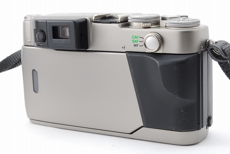 超人気 Contax コンタックス G2 レンジファインダー フィルムカメラ Planar 45mm F2 レンズ TLA140 フラッシュ等 付属品多数_画像4