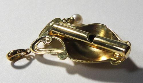 253-1817F30 K18 金 GOLD ゴールド 天然 本物 パール 真珠 ダイヤ 0.02ct ホイッスル 笛 チャーム ペンダントトップ 壺 壷 アンティーク_画像6
