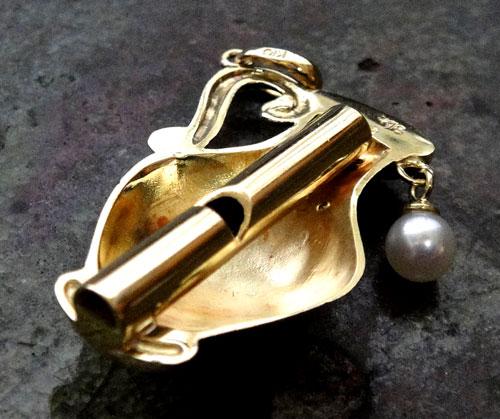 253-1817F30 K18 金 GOLD ゴールド 天然 本物 パール 真珠 ダイヤ 0.02ct ホイッスル 笛 チャーム ペンダントトップ 壺 壷 アンティーク_画像3