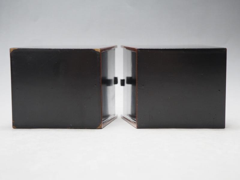T801438 【 黒塗 桶型 花瓶 2個 セット 時代箱付 】 検) 茶道具 華道具 木製 漆器 花器 花入 花生 手桶 手付 提梁 手提 古玩 a08ⅲ*_画像9