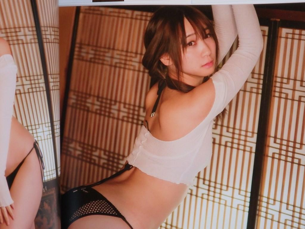 伊織もえ 新刊 ニット 巨乳 C93 コミケ コスプレ 写真集 冬コミ コスホリ_画像3