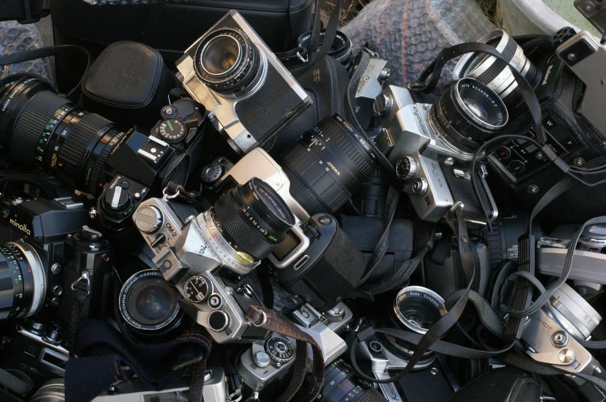 レンズ付き一眼23台山盛り完全ジャンクセット_画像4