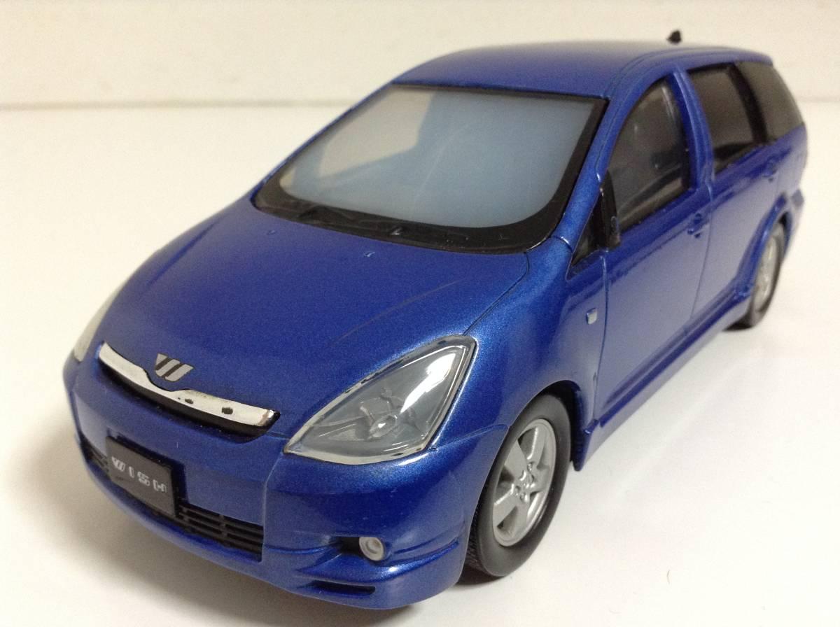 トヨタ 初代 ウィッシュ10 2.0G 1.8X Sパッケージ 前期型 2003年式~ 1/24 約19cm カラーサンプル 色見本 ミニカー 非売品 青M 送料¥500_ブルーマイカメタリック 1/24
