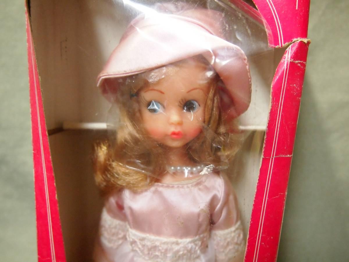 1970年代デットストック品 箱破損あり中嶋製作所ナカジマ スカーレットちゃん レコード・スタンド・カタログつき着せ替え人形(リカ昭和_画像2