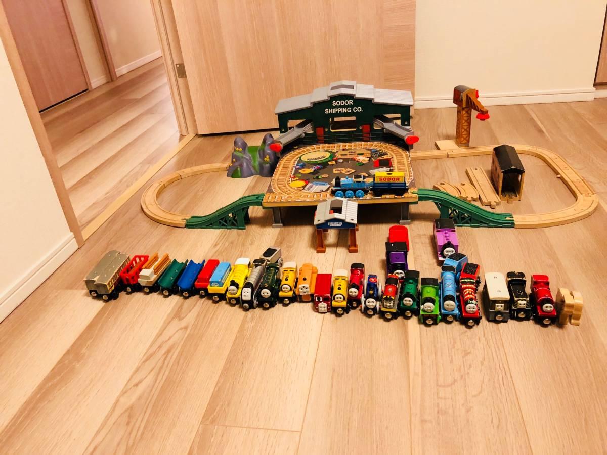♪100円スタート 機関車トーマス 木製 レールセット キャラクター車両 大量 トレイン 車
