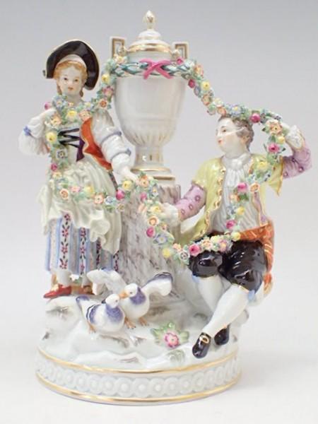 超レア 希少 Meissen マイセン 愛と絆の【花環】 人形 陶器 置物 本物保証