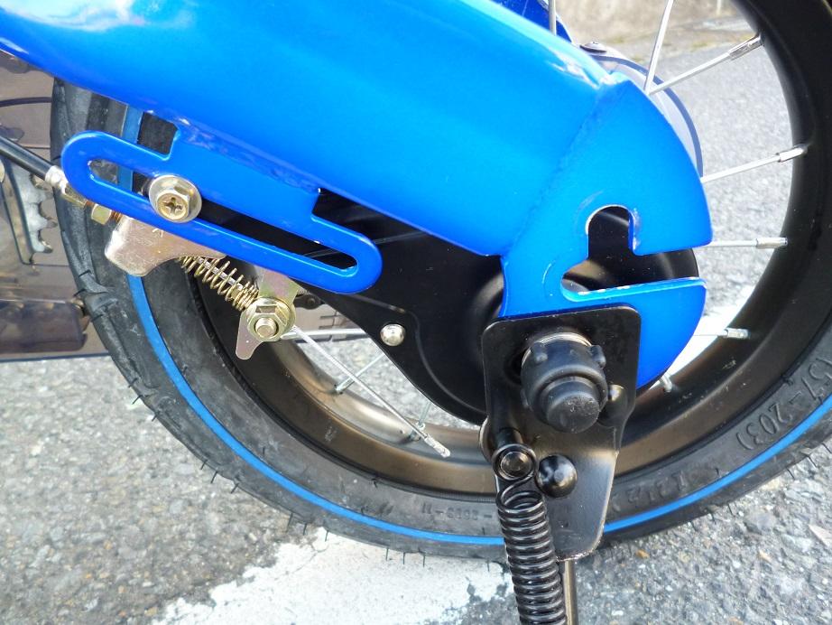 わずか30分で自転車デビュー!と話題の自転車 ♪ 12インチ へんしんバイク バランスバイク+ペダル一式 1本スタンド付き ブルー ♪_画像10