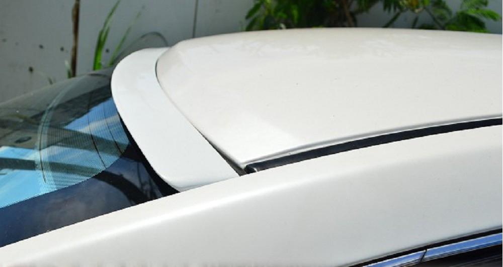 新式F型 NISSAN シルフィ 3代 B17型 リアルーフスポイラー 純正塗装付 塗装品_画像2