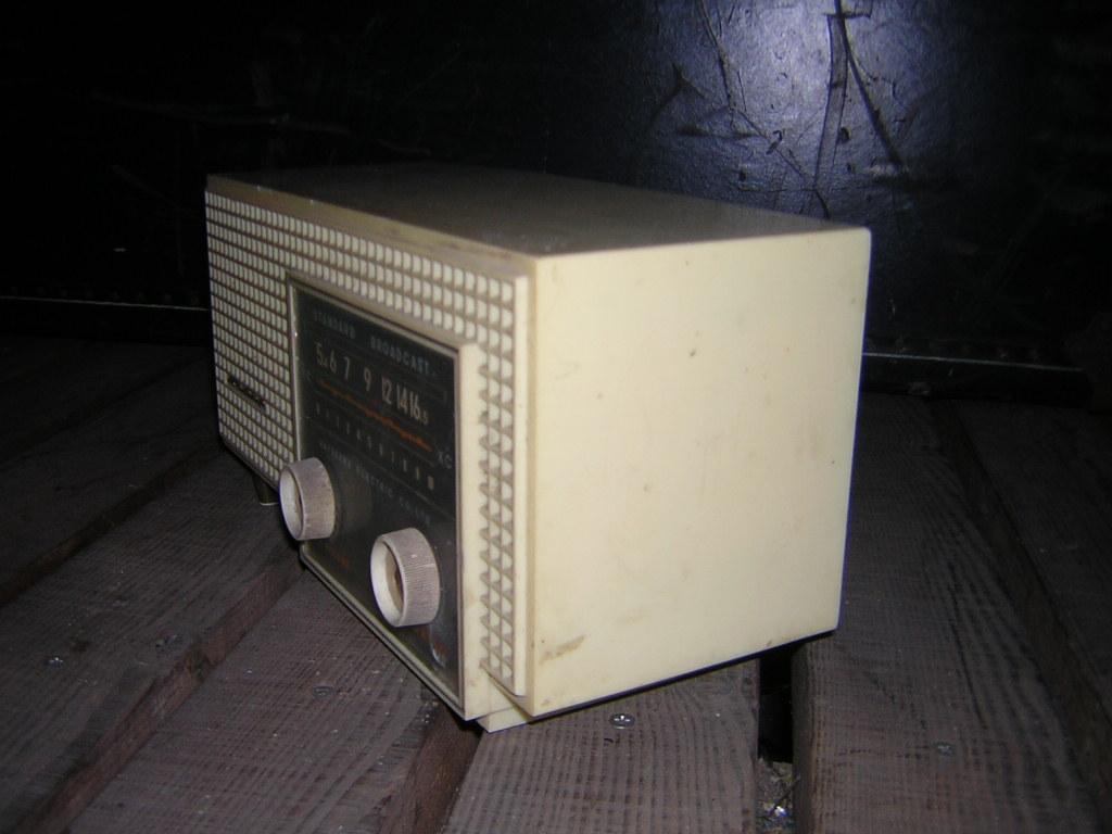 シャープ 真空管ラジオ 現状ジャンク品 早川電機 _画像7