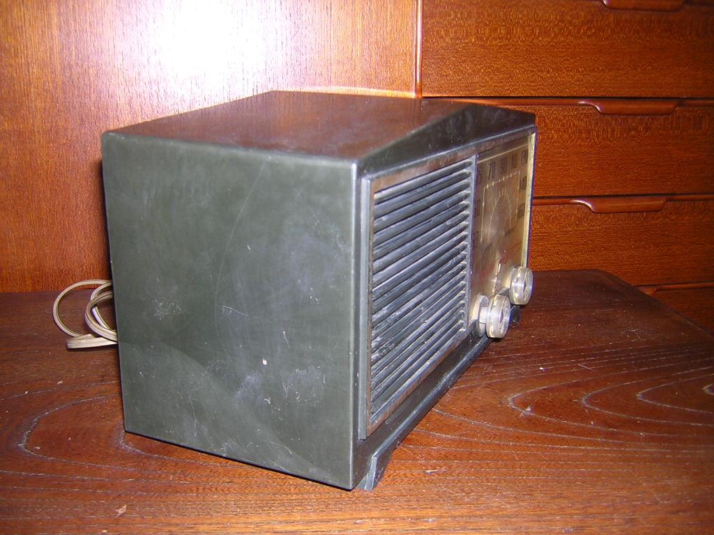 サンヨー 真空管ラジオ SS-58 箱付き 現状ジャンク品扱い レトロ _画像7