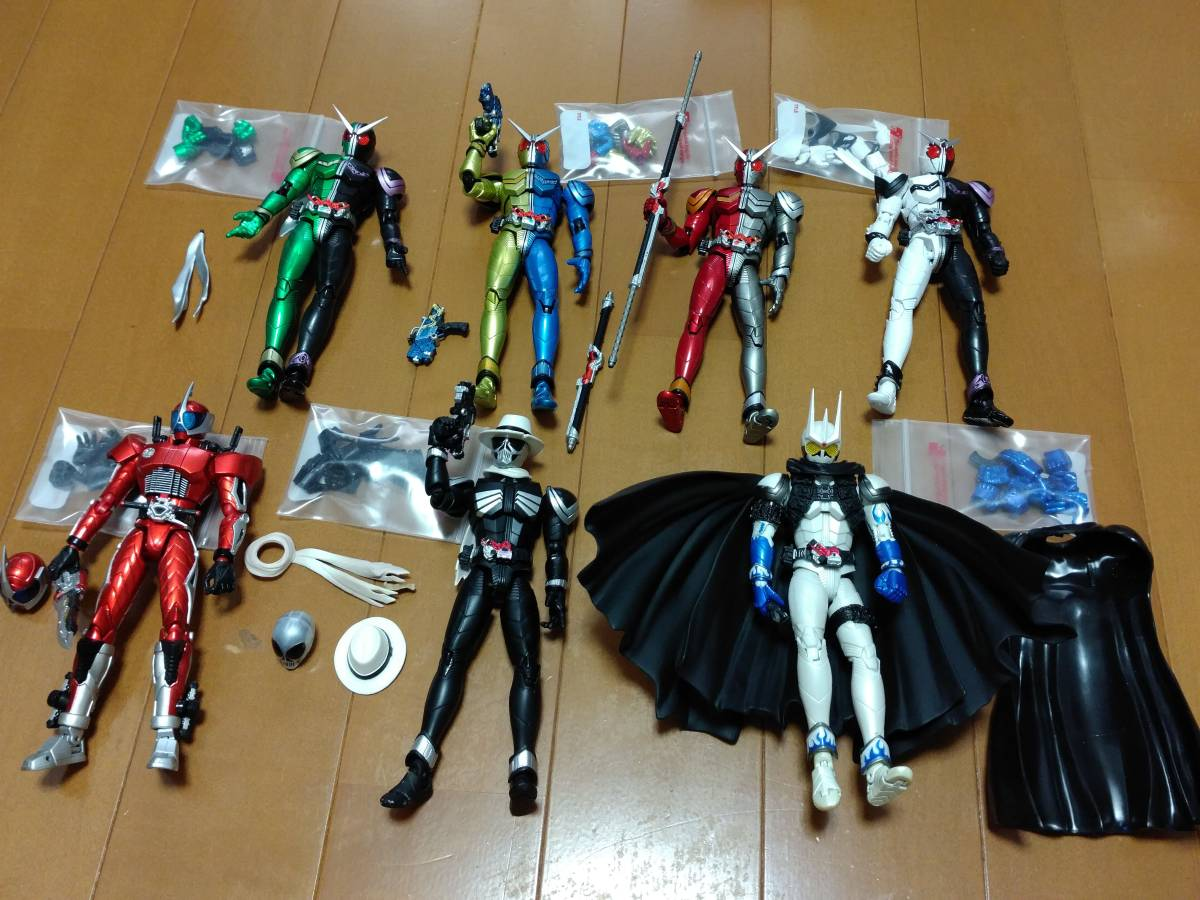 【中古】S.H.フィギュアーツ 仮面ライダー セット【ジャンク】_画像2