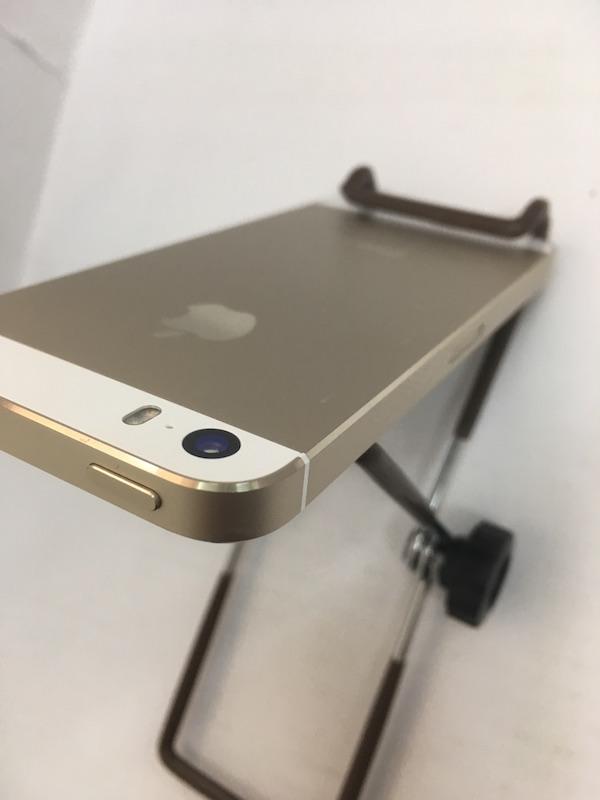 ☆ 白ロム iPhone5s docomo 16GB ゴールド ドコモ ネットワーク制限 ◯判定 中古_画像5