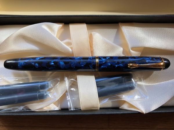 カトウセイサクショカンパニー 加藤製作所 セルロイドペン 大理石 F 世界に名だたる万年筆 ハンドメイド 未使用 入手困難