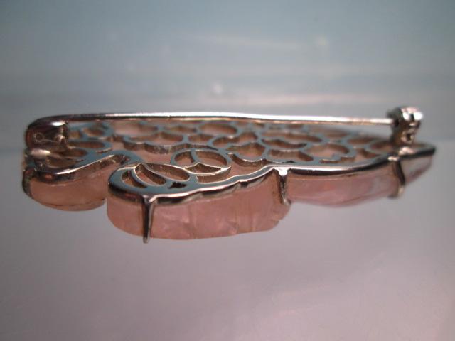☆アンティーク・ローズクォーツの葉っぱ彫刻のブローチ 13,56g_画像7