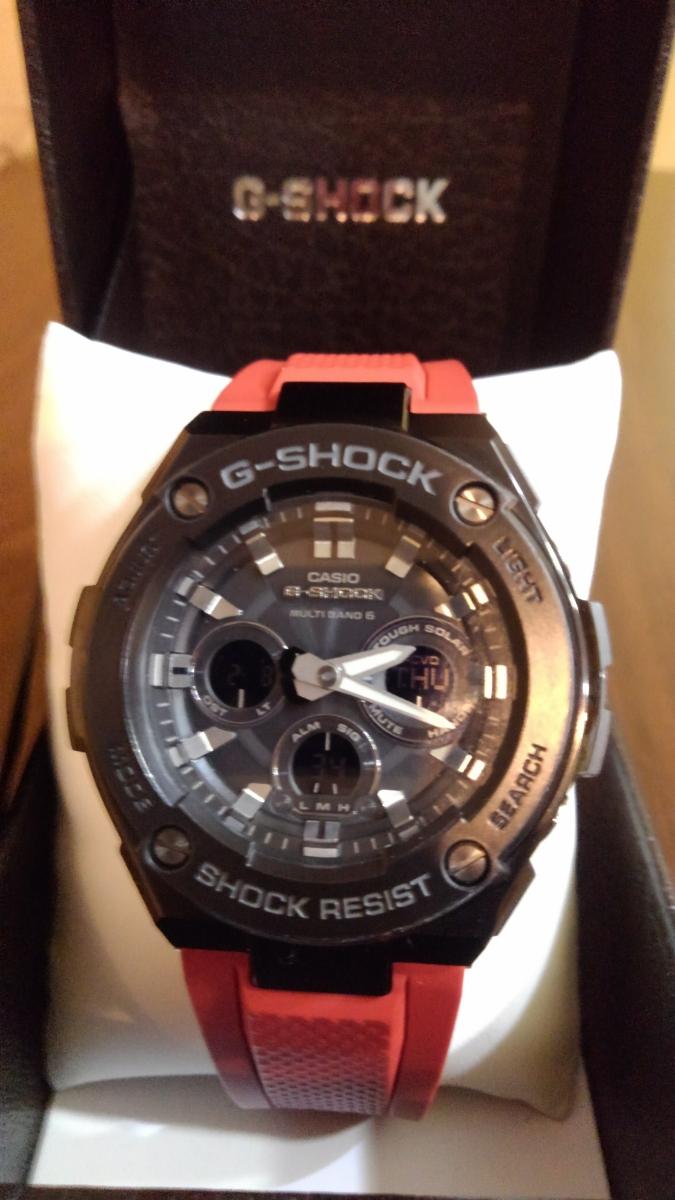 G-SHOCK g-shock Gショック GST-W300G-1A4JF カシオ CASIO G-STEEL Gスチール ソーラー電波時計 赤 レッド 黒 ブラック メンズ