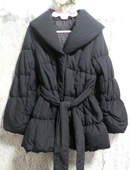 黒のダウンとフェザーのフードと帯び付きあったかコート/外套 Black feather hood down coat_画像1