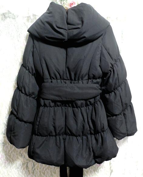 黒のダウンとフェザーのフードと帯び付きあったかコート/外套 Black feather hood down coat_画像2