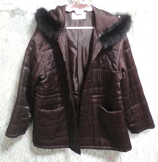 こげ茶色のフード付き光沢フワフワあっかたコート/外套 Dark brown hooded glossy fluffy coat_画像2