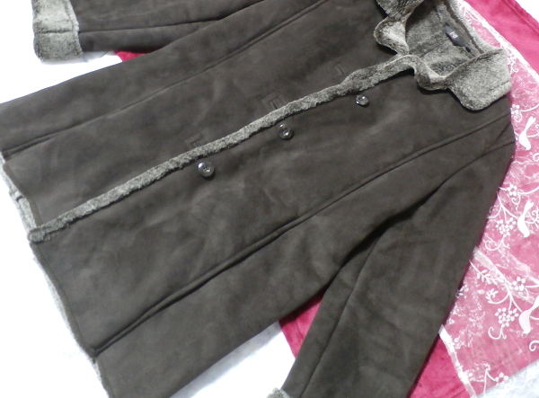 こげ茶色の襟形フワフワあったかコート/外套 Dark brown collar shape fluffy coat_画像5