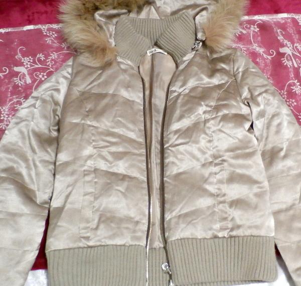 光沢ベージュ亜麻色ブルーフォックスファー毛皮フードダウンコート/アウター Shiny beige flax color blue fox fur hooded down coat/outer_画像5