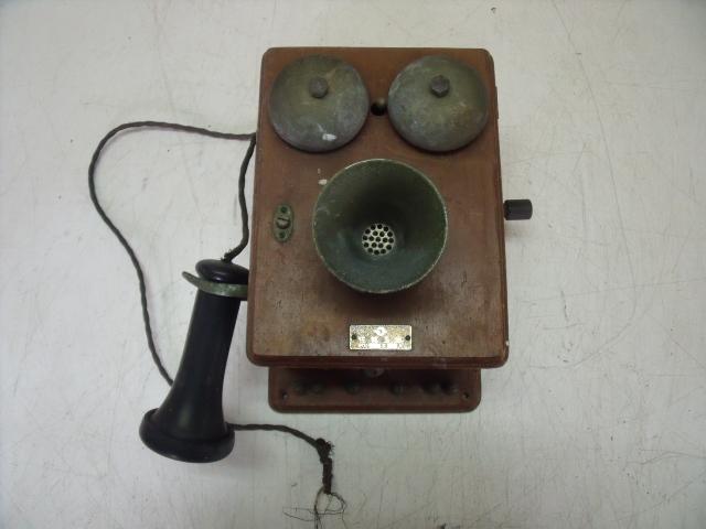 手回し回転式木製板壁掛け電話機 ジャンク