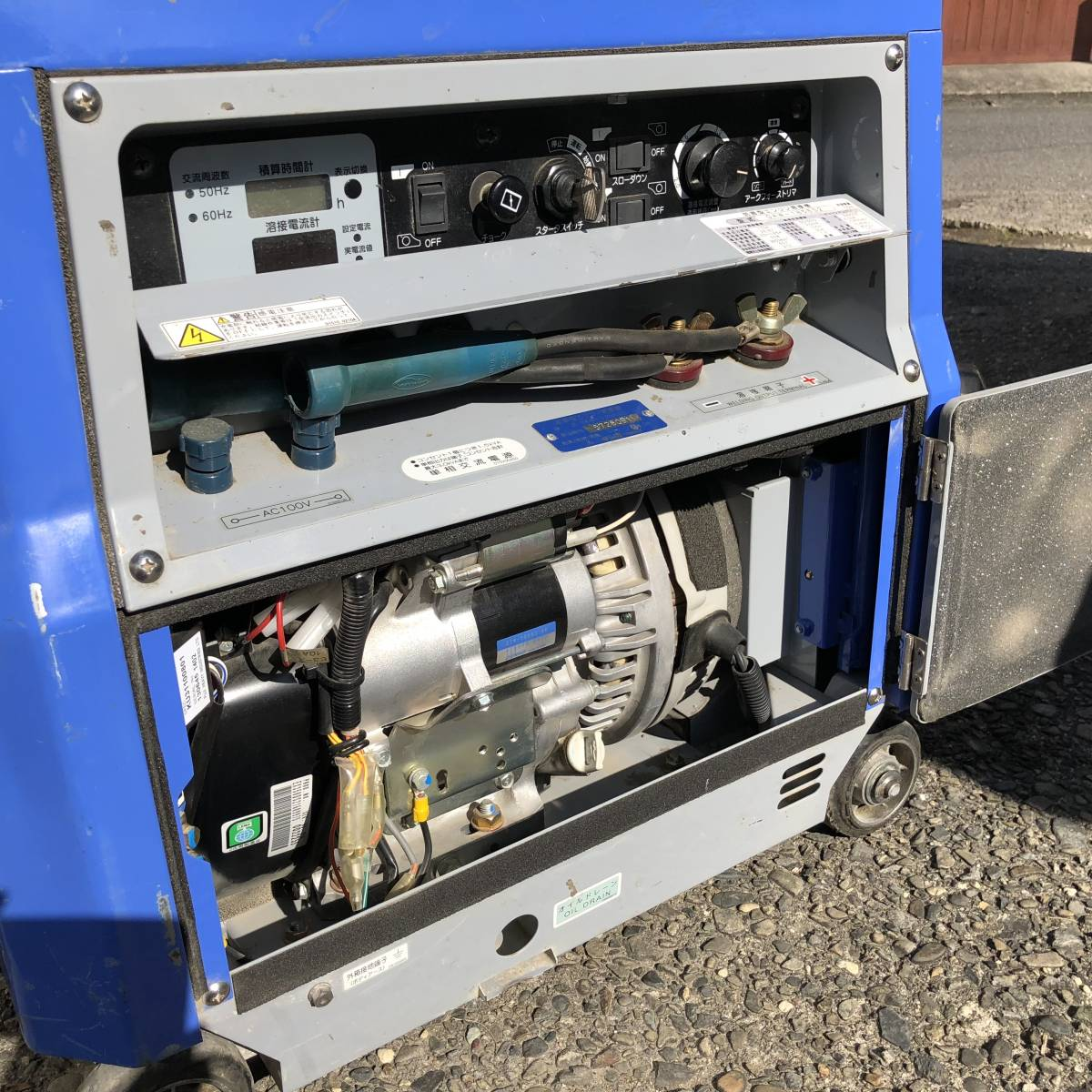 デンヨー 溶接機 GAW-185ES2 ウエルダー 2.0~4.0mm 防音型 インバータ発電機  積算時間161h_画像8
