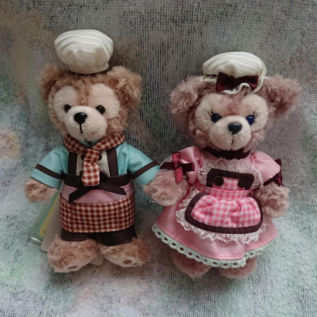 送料込!未使用!ダッフィー&シェリーメイ バレンタイン 2013年 ぬいぐるみバッジ