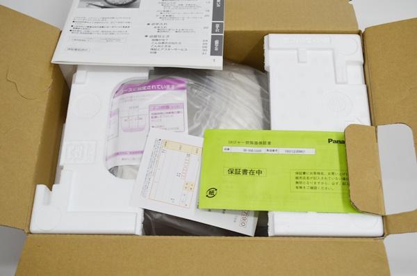 未使用 Panasonic パナソニック IHジャー炊飯器 8合炊き SR-HVE1550-N ゴールド 税込_画像2