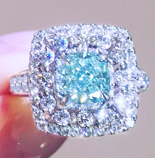 《 BLUE GREEN DIAMOND 》FANCY BLUISH GREEN 1.42ct ! VS2 GIA鑑定書 PT900 ブルー グリーン ダイヤモンド 1.31ct undeterminedRARE_画像3