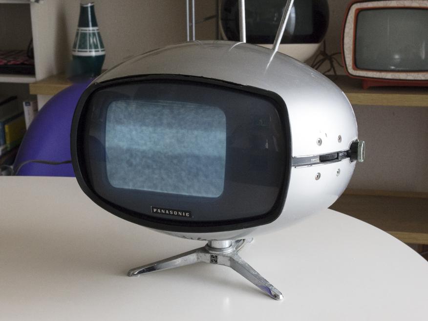 希少☆ナショナル Panasonic トランジスターTV TR-005 (TR-603A)スペースエイジ ミッドセンチュリー ブラウン管 デザイン家具_画像5