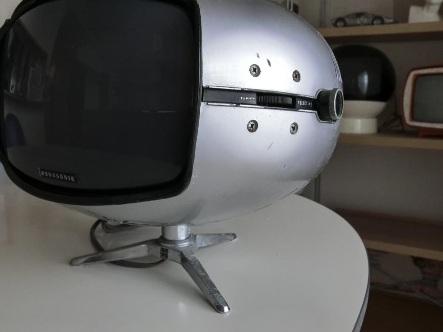 希少☆ナショナル Panasonic トランジスターTV TR-005 (TR-603A)スペースエイジ ミッドセンチュリー ブラウン管 デザイン家具_画像7