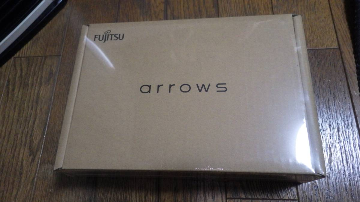 ★富士通 ARROWS M03 ホワイト 新品未開封品 保証あり SIMフリー★