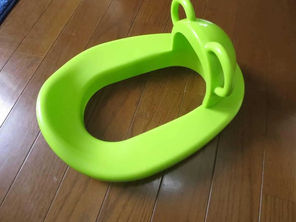 アカチャンホンポ 赤ちゃんトイレの練習に! 大人用様式トイレの上にに取り付けます、 箱付美品です。_画像3