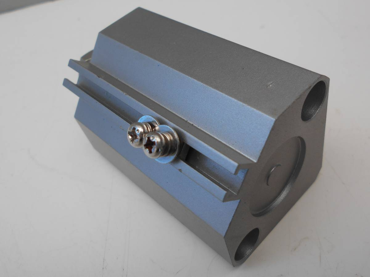 SMC エアーシリンダー CDQ2B20-30DM_画像2