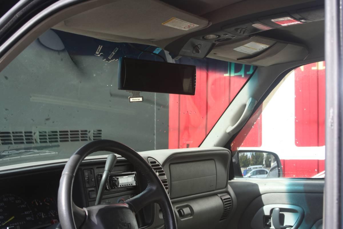 タホ99年最終モデル 1ナンバー予備検付き バッテリー新品 キセノン DVDプレイヤー ミラーモニター ETC ヒッチ キーレス _画像7