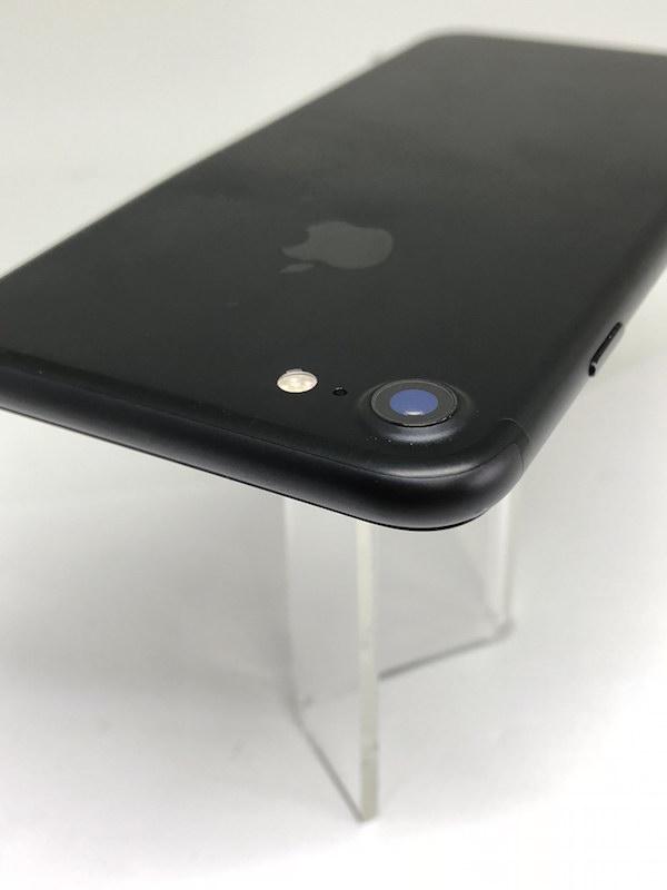 ★ [中古美品] iPhone7 ブラック 黒 256GB 国内版SIMフリー NNCQ2J/A 強化ガラスフィルム装着済み_画像9