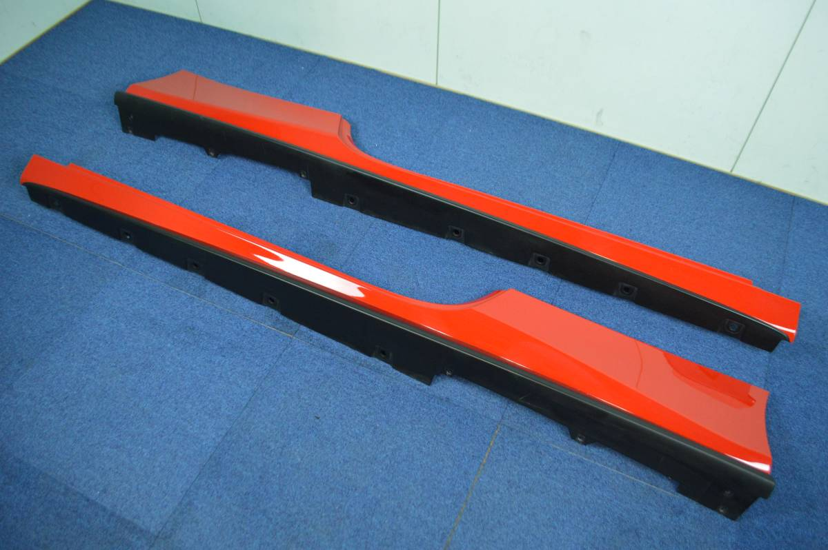 【希少良好】フェラーリ 488 GTB 純正 サイドスカート サイドステップ 左右セット ロッソコルサ ferrari sideskirt 086612000 086612300_画像2