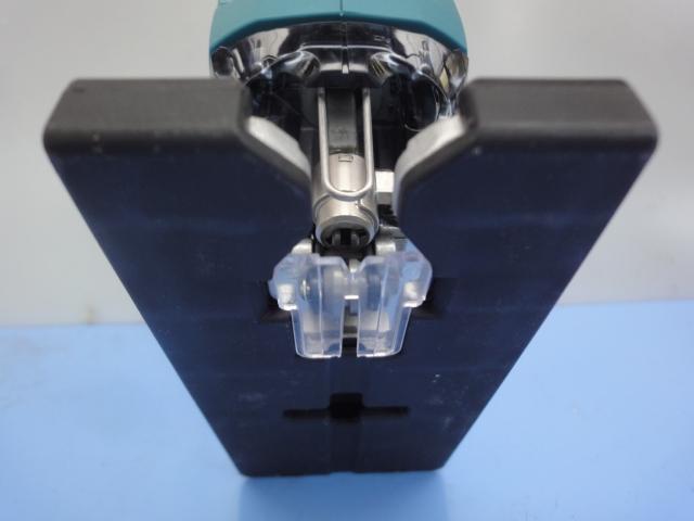 マキタ【MAKITA】充電式ジグソー JV182DZK 18Vリチウムイオンバッテリが使い回せる経済性  本体+ケースのみ マキタ純正替刃 6枚つき _画像10