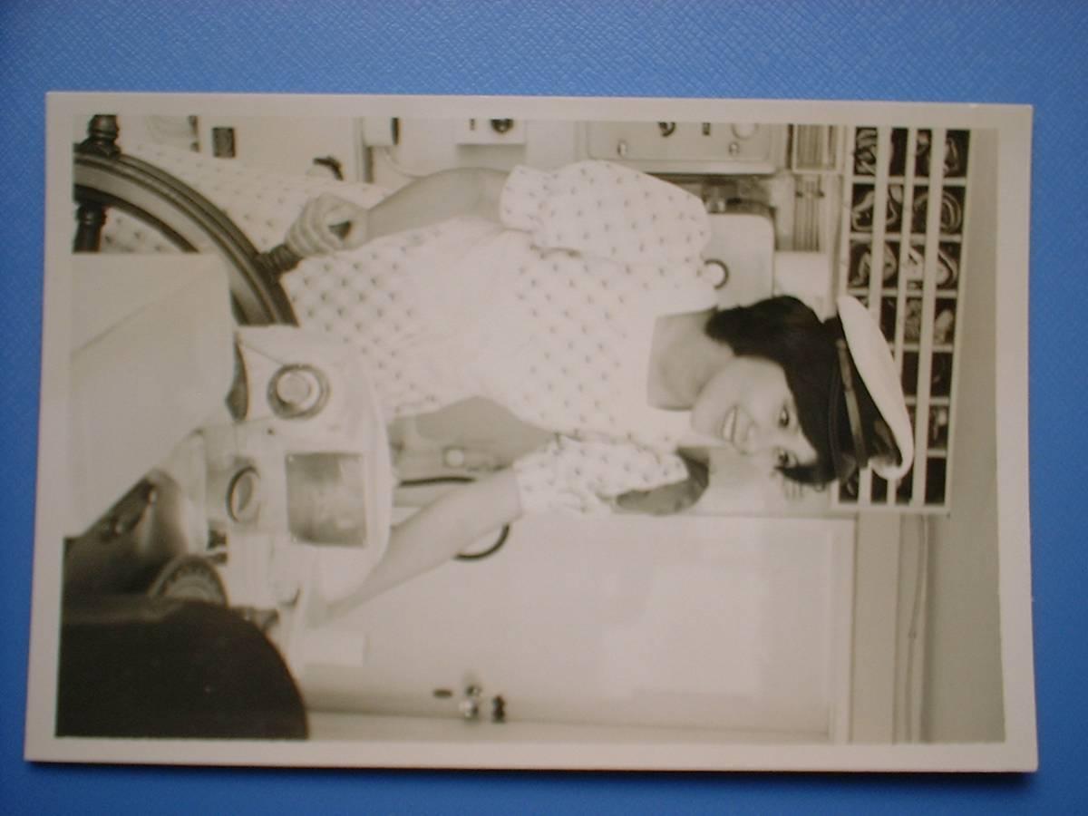 天地真理 白黒写真 1枚 1973.4