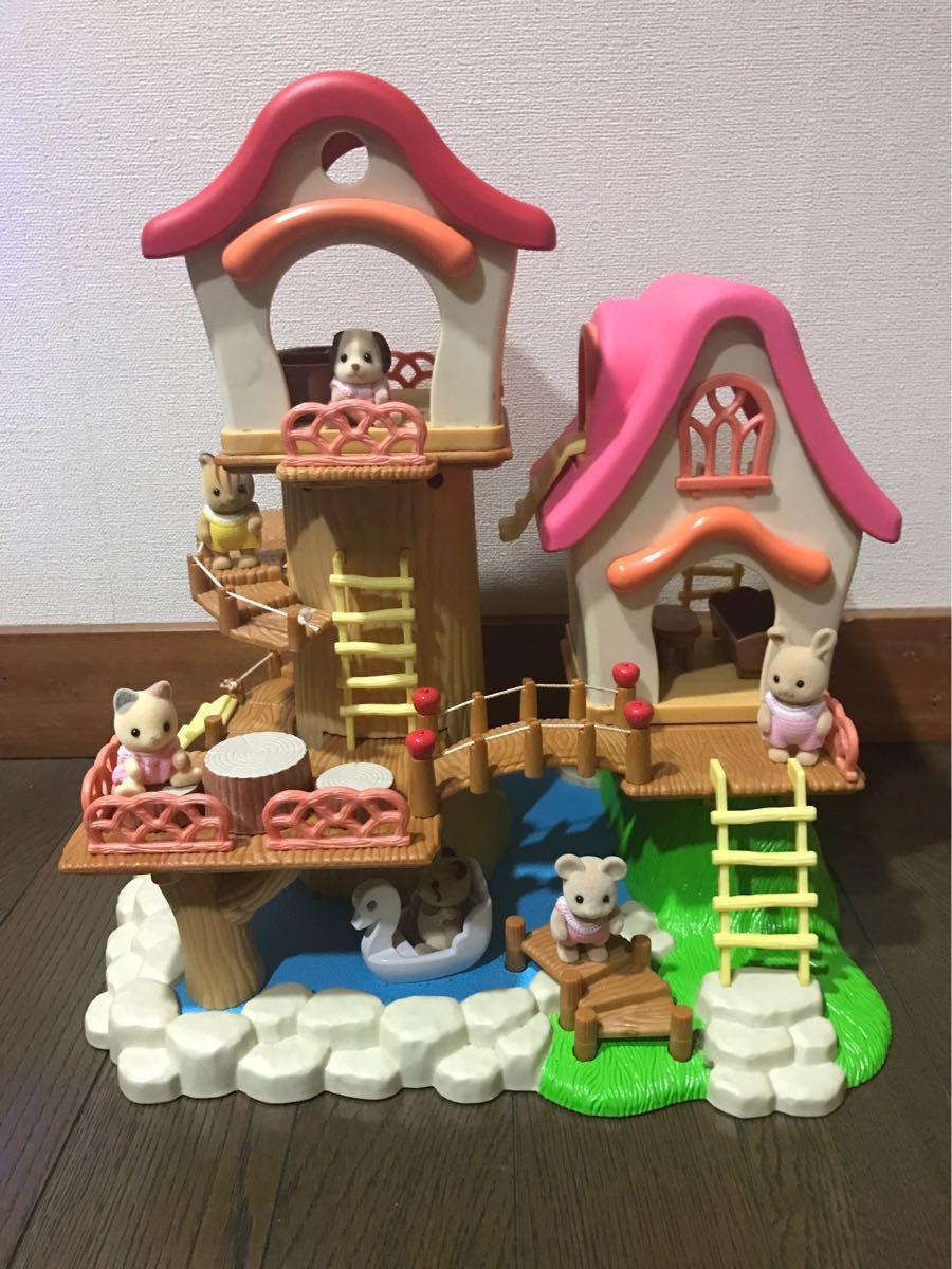 シルバニアファミリー ツリーハウス 川 赤い屋根 ピンクの屋根 ディスプレイ 非売品 展示品 玩具店 販促品 人形・パーツ固定