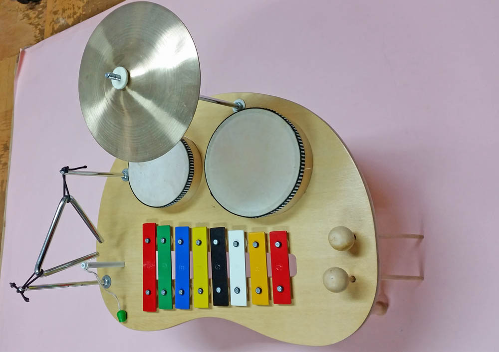 D-43 テーブル 楽器セット