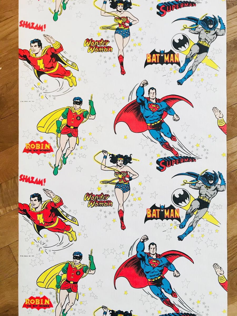 Paypayフリマ デッドストック 壁紙 70年代 80年代 スーパーマン バットマン レトロ インテリア アメコミ リメイク Diy素材 アメリカン 53 4 幅 6 5m D