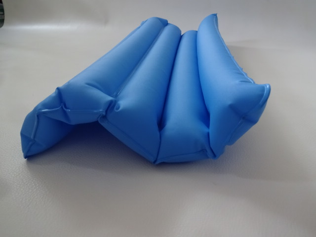 O / 折りたたみ式 / 枕 ピロー / 車中泊 キャンプ 登山 / 携帯用 枕 空気枕 / ブルー 中古品_画像5