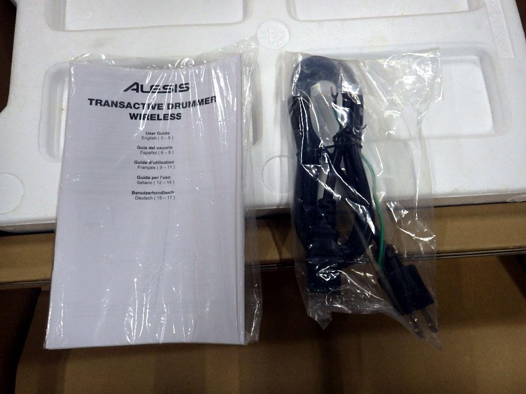【送料無料】U223-1◯未使用 ALESIS TRANS ACTIVE DRUMMER WIRELESS ドラム用 モニタースピーカー アンプ(一部発送不可地域あり)_画像4