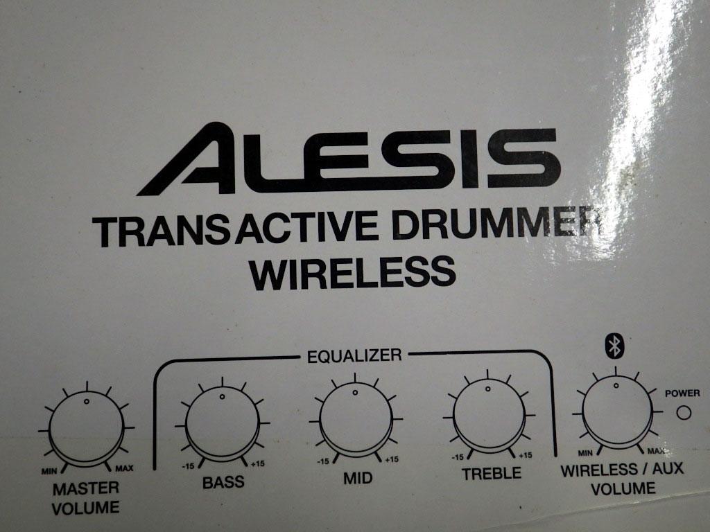 【送料無料】U223-1◯未使用 ALESIS TRANS ACTIVE DRUMMER WIRELESS ドラム用 モニタースピーカー アンプ(一部発送不可地域あり)_画像2